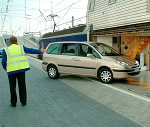 Travel by car - Bureau de change disney village ...
